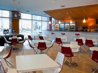 Virgin active caf gimnasio las rozas heron city for Gimnasio heron city